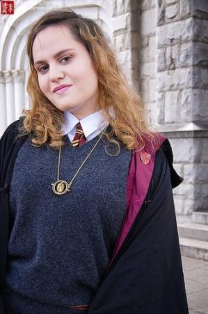 Hermione Granger from Harry Potter worn by Luna Selene