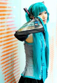 Hatsune Miku from Vocaloid 2 worn by uzuki