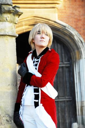 UK / England / Arthur Kirkland from Axis Powers Hetalia worn by challenger 1