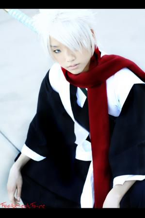 Toushiro Hitsugaya from Bleach worn by Akusesu