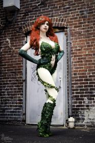 Poison Ivy from Batman worn by Eveille