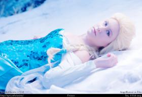 Elsa from Frozen worn by Angel Kawaii