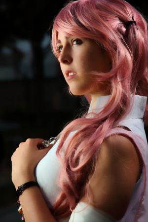 Serah Farron from Final Fantasy XIII worn by Miss Nintendo