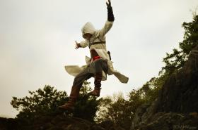 Altaïr Ibn-La'Ahad from Assassin's Creed worn by Slaahv