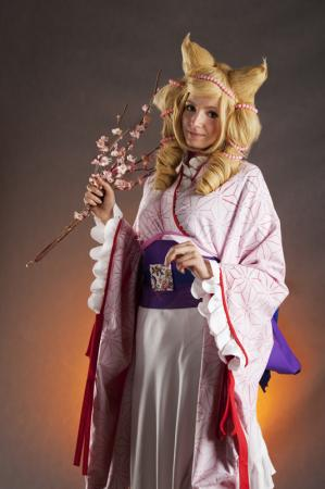 Bonbori from Otome Youkai Zakuro worn by DreaM HunteR