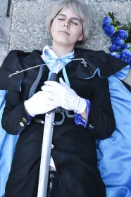Elliot Nightray from Pandora Hearts