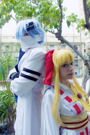 Kaitou Jeanne from Kamikaze Kaitou Jeanne worn by MangaFreak150