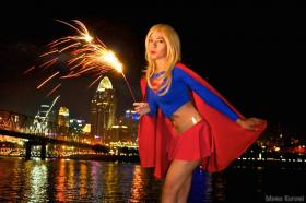 Supergirl from Justice League Unlimited  by Momo Kurumi