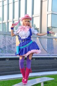 Sheryl Nome from Macross Frontier worn by Momo Kurumi