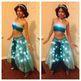Jasmine from Aladdin worn by Momo Kurumi