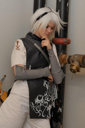 Nier from Nier: Replicant worn by Melvin