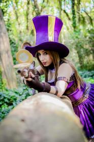 Caitlyn from League of Legends worn by Neferet Ichigo