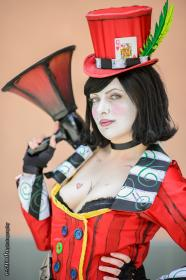 Mad Moxxi from Borderlands worn by Faraday