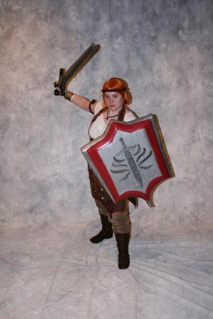 Aveline Vallen from Dragon Age 2 worn by Shyala