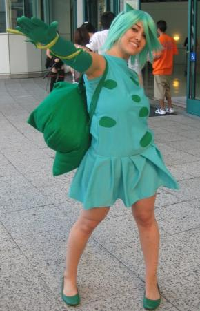 Bulbasaur from Pokemon worn by thisiscyrene