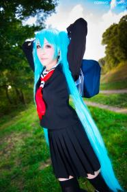 Hatsune Miku from Vocaloid 2 worn by Luvnatsu