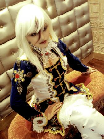 Astharoshe Asran from Trinity Blood worn by epi