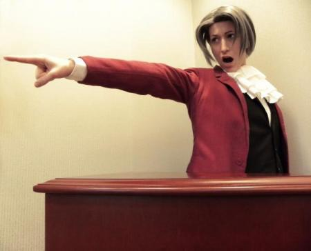 Miles Edgeworth from Phoenix Wright: Ace Attorney (Worn by LinkInSpirit)
