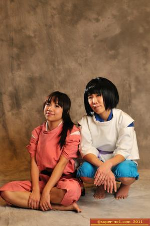 Chihiro / Sen from Spirited Away worn by Itsuka