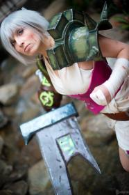 Riven from League of Legends worn by Jillian Lynn
