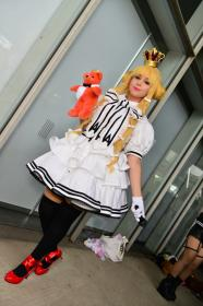 King Arthur  from Eiyuu Senki worn by Lowen