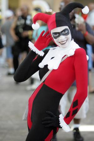 Harley Quinn / Dr. Harleen Francis Quinzel  	 from Batman worn by Han-pan