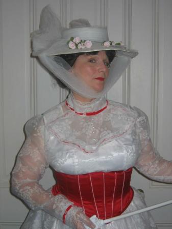 Mary Poppins from Mary Poppins worn by Grandis