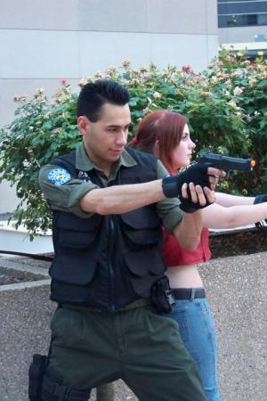 Chris Redfield from Resident Evil: Code Veronica worn by Colombian_Otaku