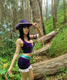 Nico Robin from One Piece worn by Vampy