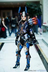 Demon Hunter from Diablo III by Cheetos