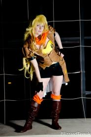 Yang Xiao Long  from RWBY  by Akai