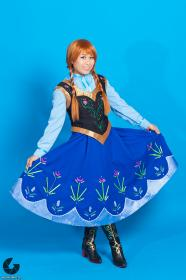 Anna from Frozen worn by kimixkimi