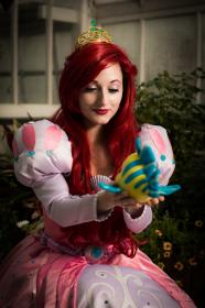 Ariel from Little Mermaid worn by Lady PinKu Cosplay