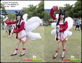 Ahri from League of Legends worn by Tea Mazaki