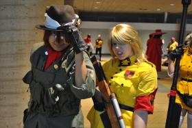 Pip Bernadotte from Hellsing worn by The Bishonen King