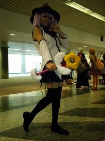 Mirakurun from YuruYuri worn by Scarlet