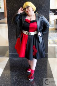 Harley Quinn / Dr. Harleen Francis Quinzel  	 from Batman worn by Azure Rose