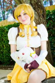 Mami Tomoe from Madoka Magica worn by Petite Purin