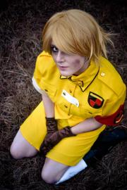 Victoria Seras from Hellsing worn by Lin Elric