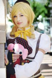 Mami Tomoe from Madoka Magica worn by Alouette