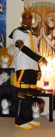 Kagamine Len from Vocaloid 2 worn by ManaKnight