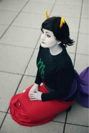 Kanaya Maryam from MS Paint Adventures / Homestuck worn by Fraxinus Cosplay