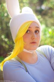 Fionna from Adventure Time with Finn and Jake worn by Fraxinus Cosplay