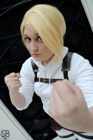Annie Leonhardt from Attack on Titan worn by Fraxinus Cosplay