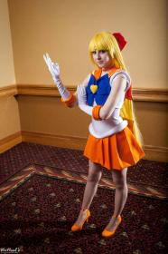 Minako Aino from Sailor Moon worn by Felicia Dark