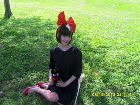 Kiki from Kiki's Delivery Service worn by The Jellybean Cosplayer