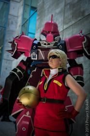Char Aznable / Quattro Bajeena from Mobile Suit Zeta Gundam worn by 2xdinosaurs