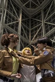 Hanji Zoe from Attack on Titan worn by Scuttle