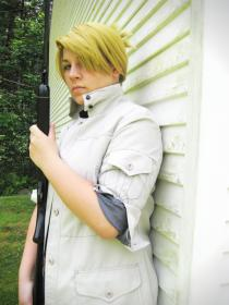 Riza Hawkeye from FullMetal Alchemist: Brotherhood worn by Lyte