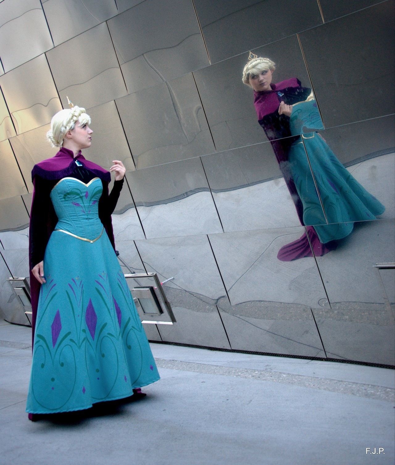 Elsa from Frozen worn by Angi Viper